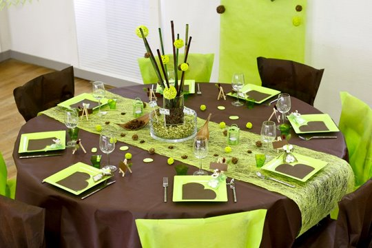 The art of decorating the dining table9
