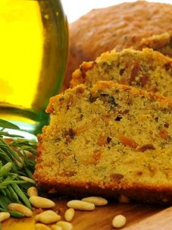 Thyme bread with olive oil