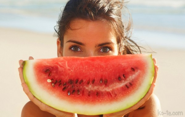 Watermelon to the beauty of your skin
