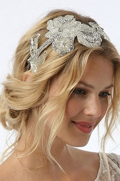 Elegant hairstyles for the bride (1)