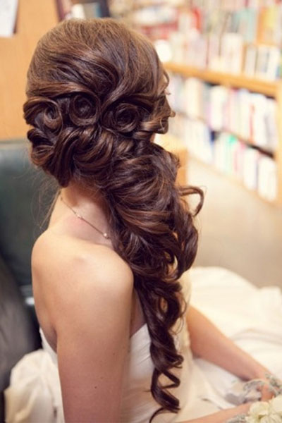 Elegant hairstyles for the bride (11)