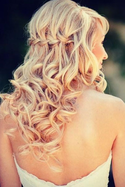 Elegant hairstyles for the bride (12)