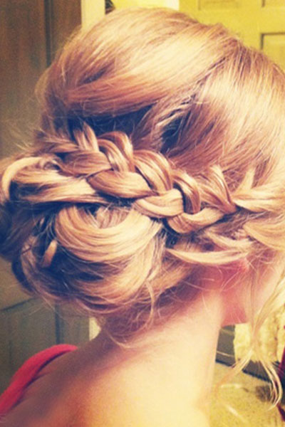 Elegant hairstyles for the bride (2)