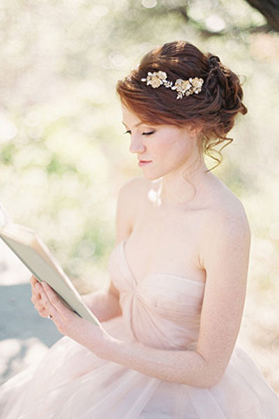 Elegant hairstyles for the bride (5)