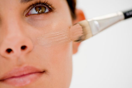 Make-up to hide skin impurities
