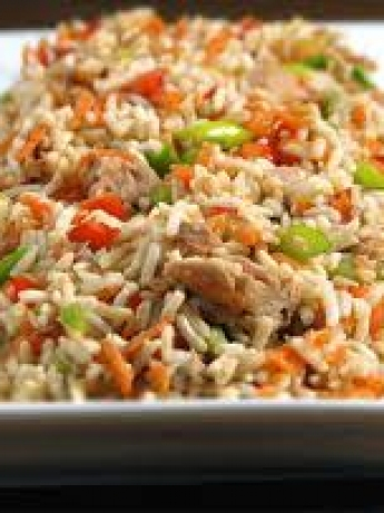 Rice with vegetables and eggs reddish