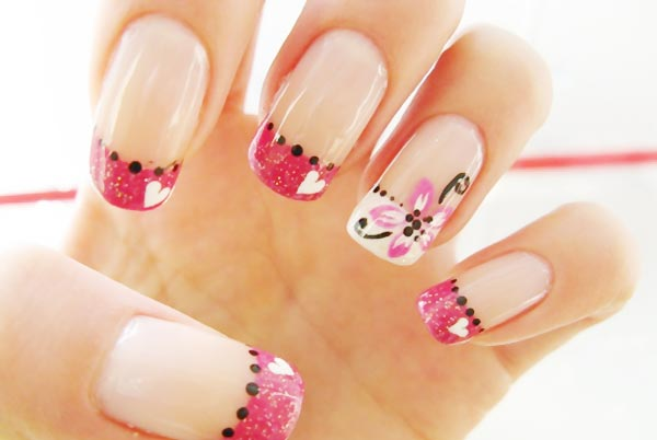 dots-hears-flowers-pink-french-nails