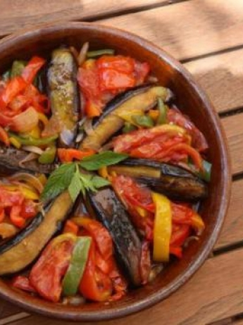 Eggplant with tomatoes and peppers