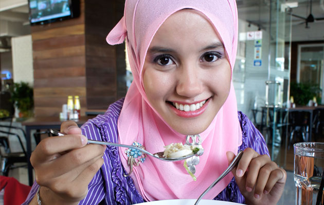 Ramadan-Fasting-What-to-Eat-During-Iftar-and-Suhoor-Pic