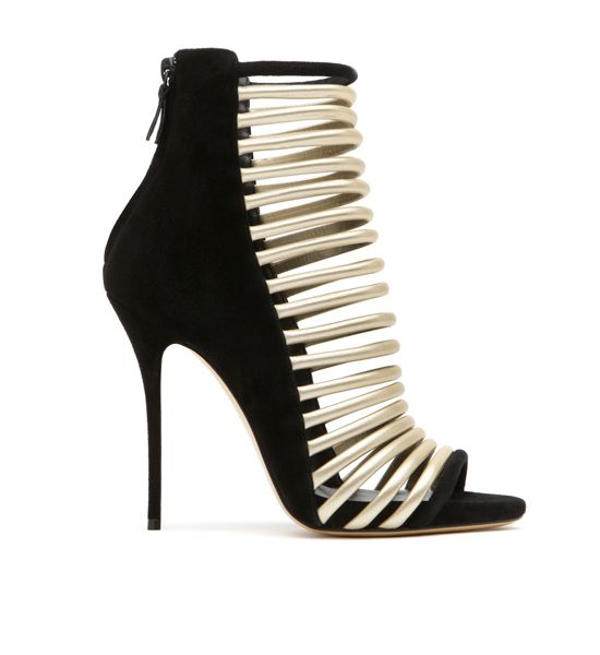 a-new-shoes-collection-of-casadei (19)