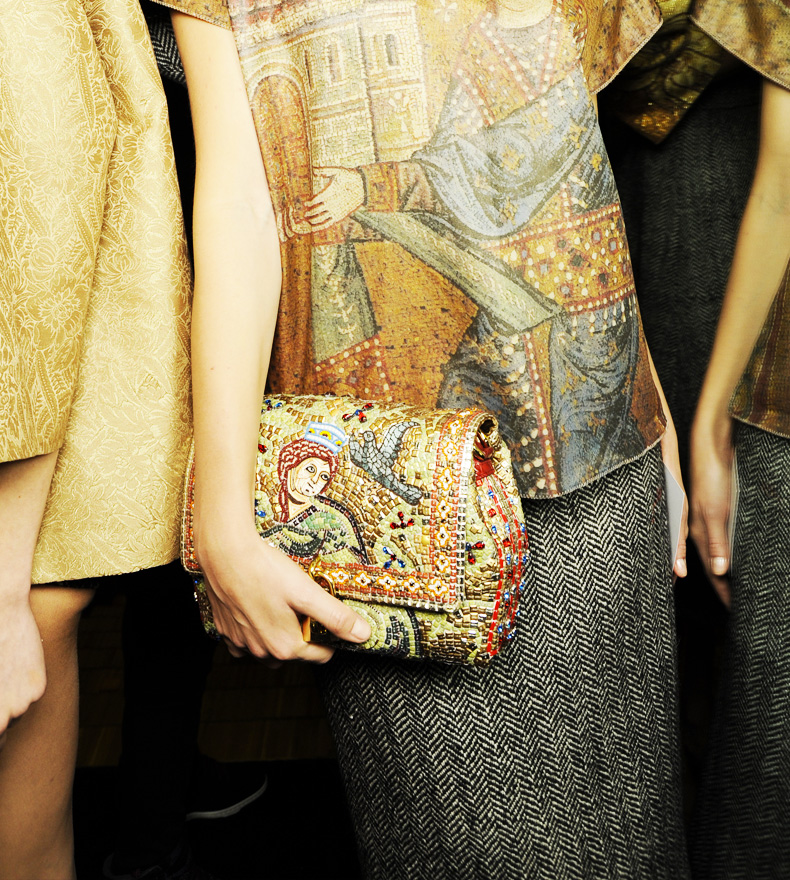 dolce-and-gabbana-fw-2014-mosaic-women-collection-the-handbags-collection (11)
