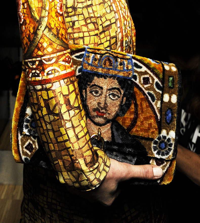 dolce-and-gabbana-fw-2014-mosaic-women-collection-the-handbags-collection (16)