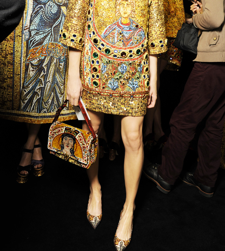 dolce-and-gabbana-fw-2014-mosaic-women-collection-the-handbags-collection (17)