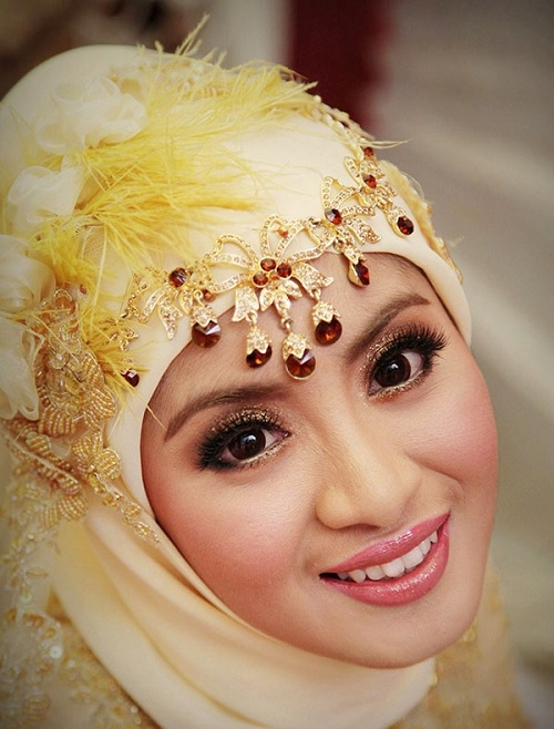 Accessorize Your Hijab-Styles (3)