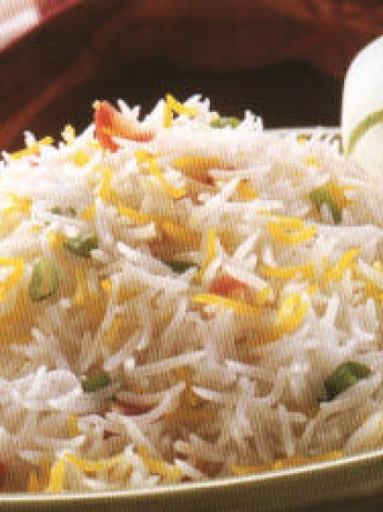 Rice with raisins and spices