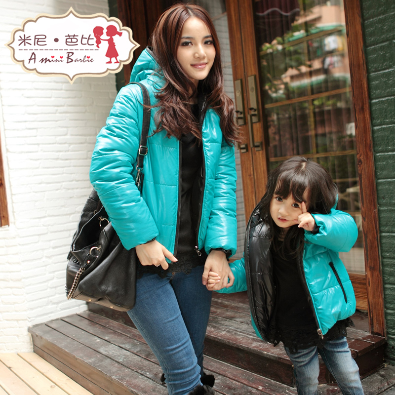 Winter-clothes-for-mother-and-daughter (1)