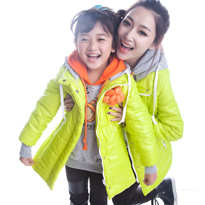 Winter-clothes-for-mother-and-daughter (12)