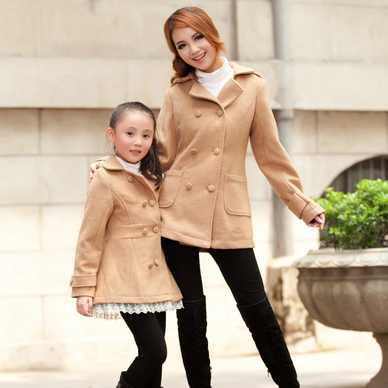 Winter-clothes-for-mother-and-daughter (8)