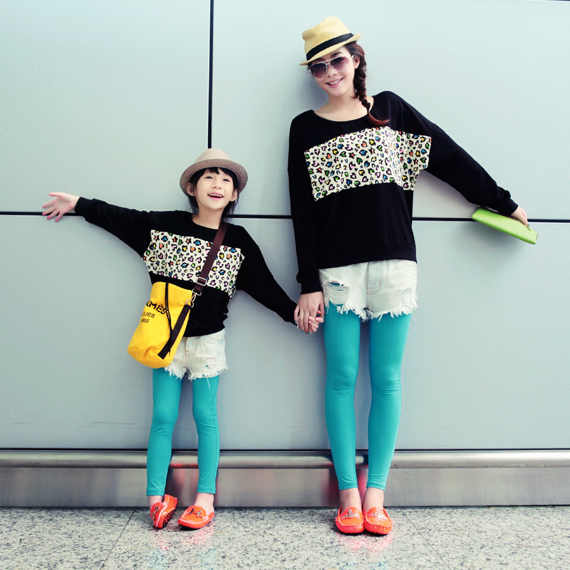 Winter-clothes-for-mother-and-daughter (9)