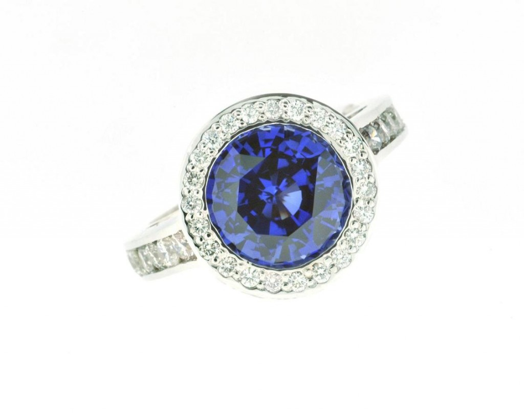 blue-sapphire-engagement-ring-for-women