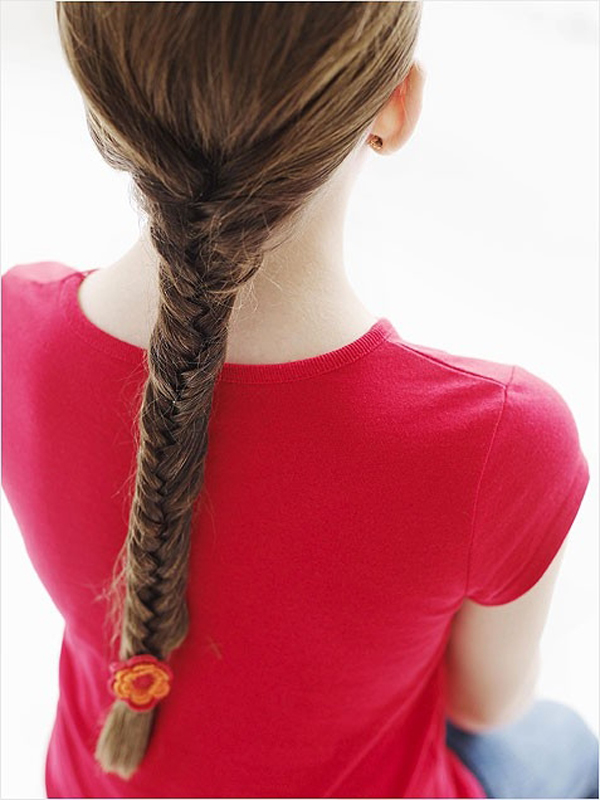 little-girl-Fishtail-Braid-hairstyles