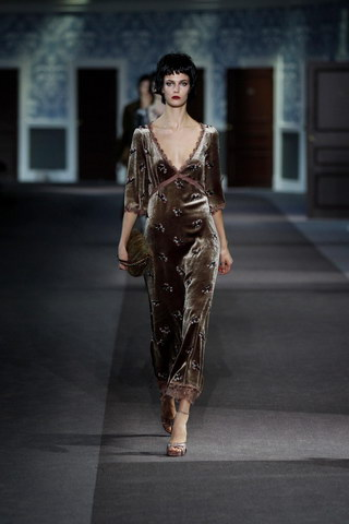 Louis-Vuitton-Fall-Winter-2013.14-Womenswear-Collection-16a