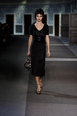 Louis-Vuitton-Fall-Winter-2013.14-Womenswear-Collection-26a