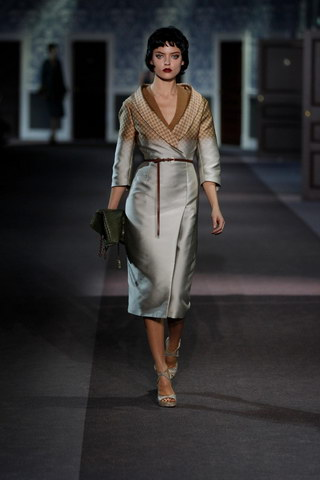 Louis-Vuitton-Fall-Winter-2013.14-Womenswear-Collection-39a