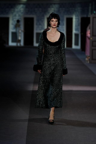 Louis-Vuitton-Fall-Winter-2013.14-Womenswear-Collection-45a