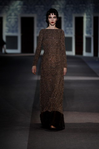 Louis-Vuitton-Fall-Winter-2013.14-Womenswear-Collection-47a
