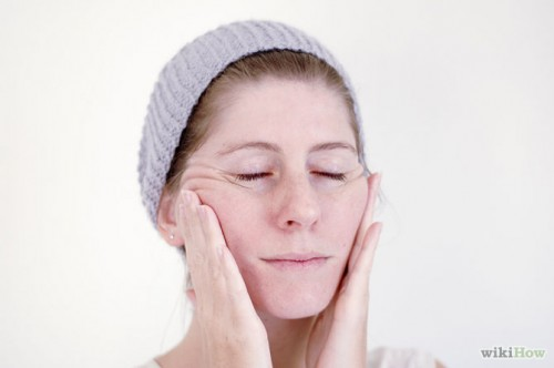 670px-Give-Yourself-a-Facial-Massage-Step-4