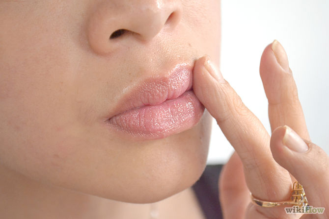 670px-Increase-the-Volume-of-the-Lips-Step-4