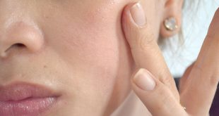 670px-Use-Petroleum-Jelly-for-Beauty-Uses-Step-3