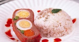Roll meat with vegetables and eggs