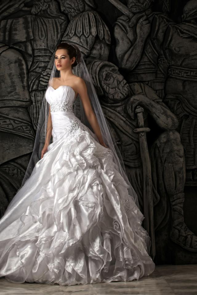 Hassan Mazeh bridal dress (13)