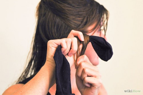 670px-Curl-Your-Hair-With-Socks-Step-4