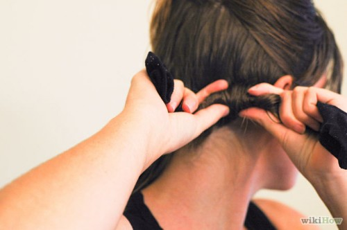 670px-Curl-Your-Hair-With-Socks-Step-5