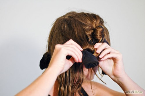 670px-Curl-Your-Hair-With-Socks-Step-8