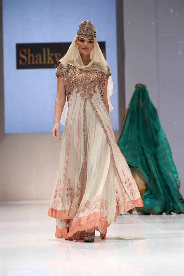 Shalky the bride show (2)