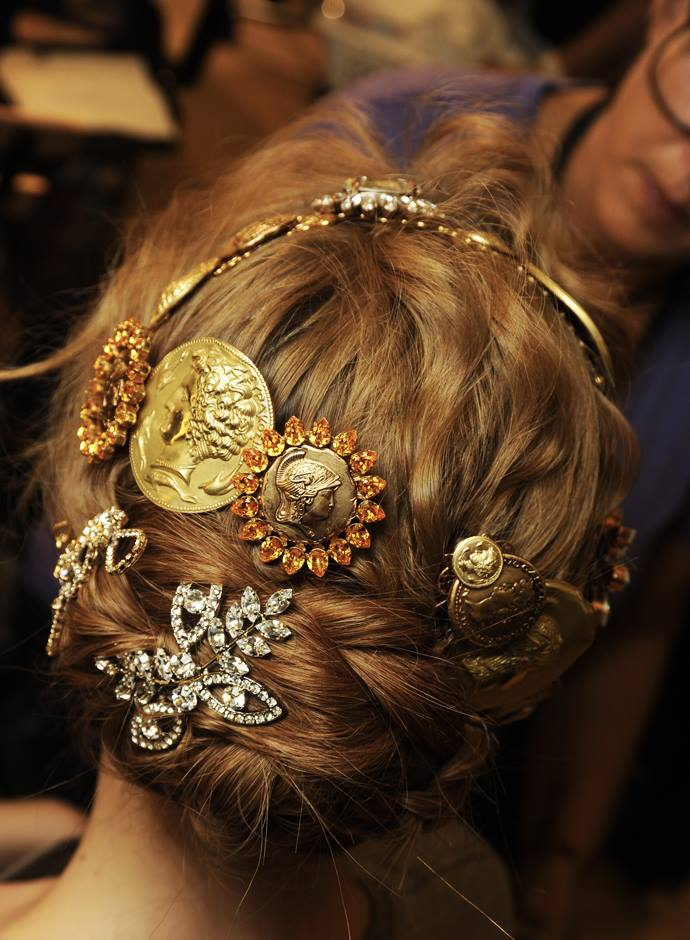 hairstyles-for-2014-dolce-gabbana-ss-2014 (8)