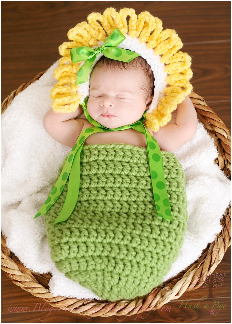 adorable-crochet-cocoons-for-your-cutie-baby (5)