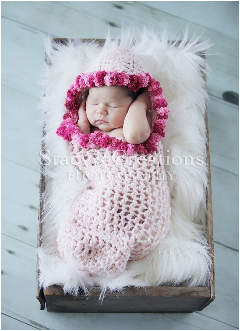 adorable-crochet-cocoons-for-your-cutie-baby (7)