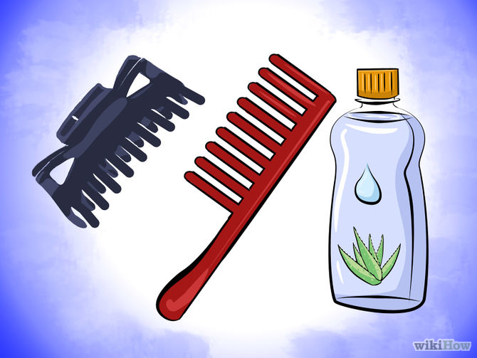 Put-Aloe-Vera-Oil-in-Your-Hair-Step-1