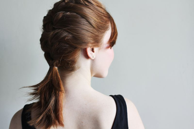 how-to-style-a-classic-french-braid (1)