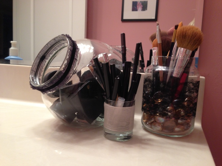 Makeup-Storage-Ideas (11)