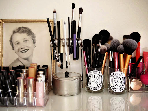 Makeup-Storage-Ideas (18)