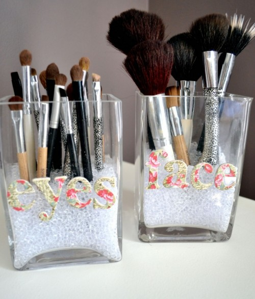 Makeup-Storage-Ideas (2)