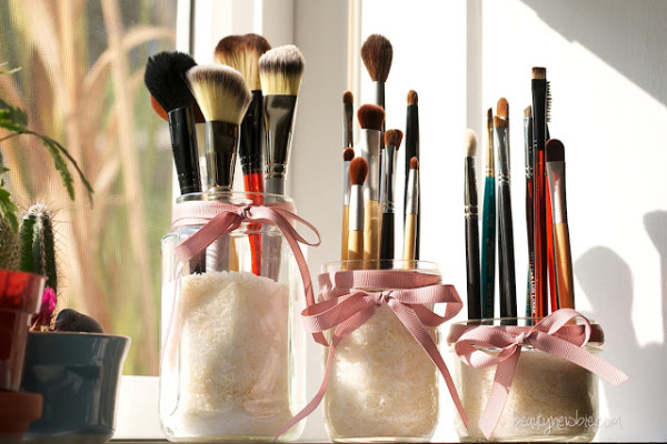 Makeup-Storage-Ideas (5)