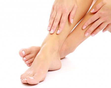 comment-hydrater-sa-peau-mains-pieds-450x357