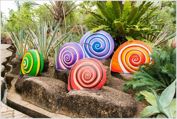 15 Cheerful Ideas to Add Color to Your Garden (10)